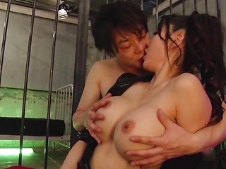 Asian pussy gets creampie
